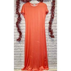 NWOT LulaRoe Short Sleeve Maxi Dress